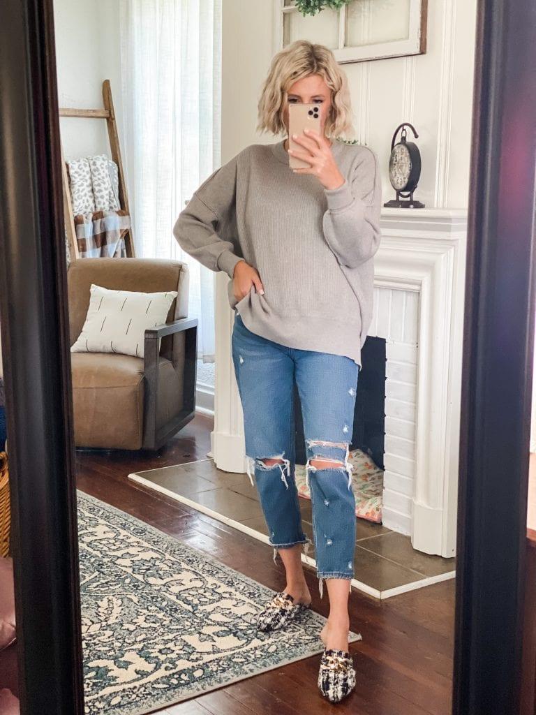 Amazon fall fashion, grey sweater, jeans, mules